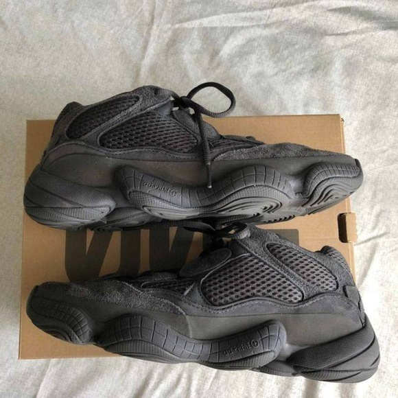 sports shoes 05a28 42cb8 Yeezy 500 'Utility Black'